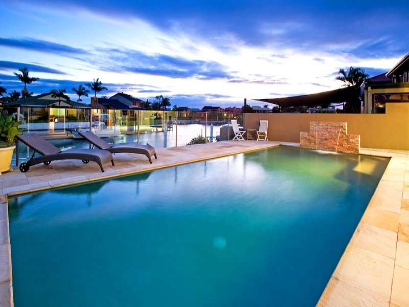 38 Seaspray Street, Paradise Point, Qld 4216