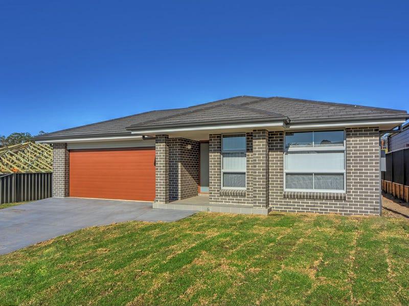 8 Turnstone Vista, South Nowra, NSW 2541