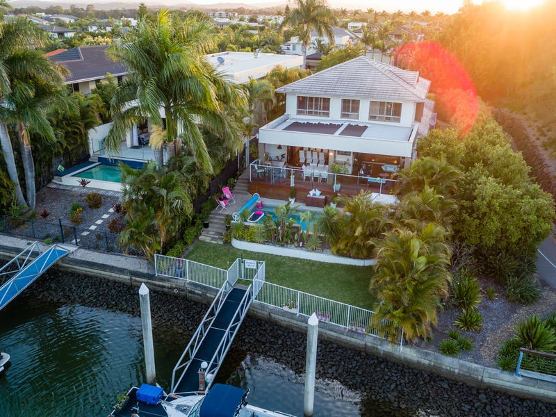 6201 Bolsena Circuit, Hope Island, Qld 4212