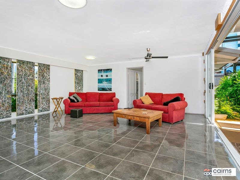 32-34 Kevin St, Whitfield, Qld 4870