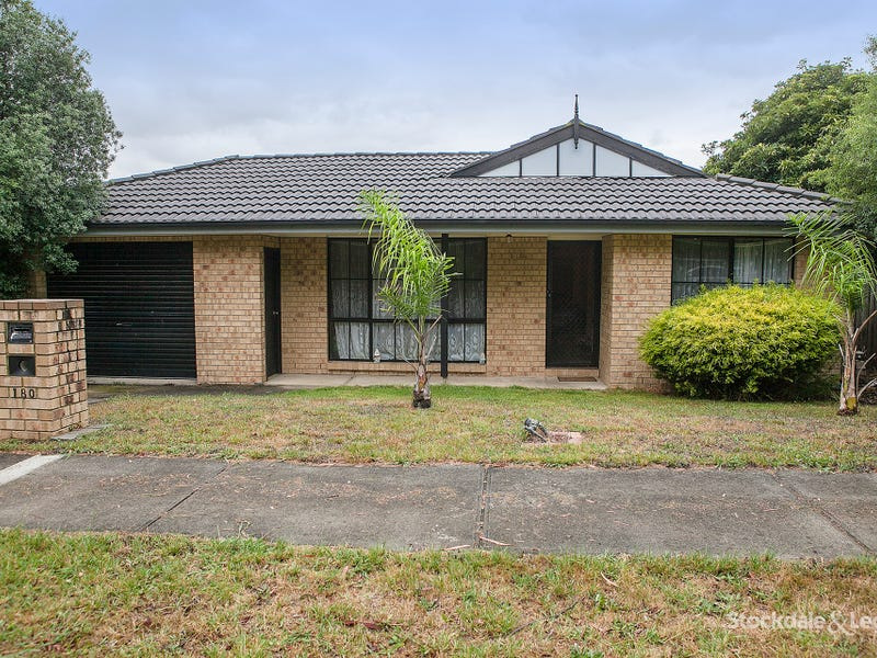 180 Racecourse Road North, Pakenham, Vic 3810