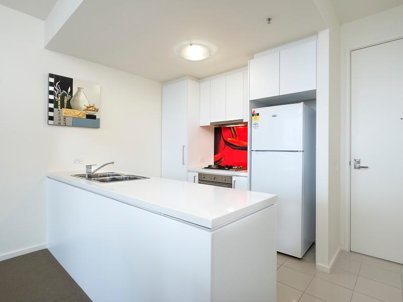 906/25 Therry Street, Melbourne