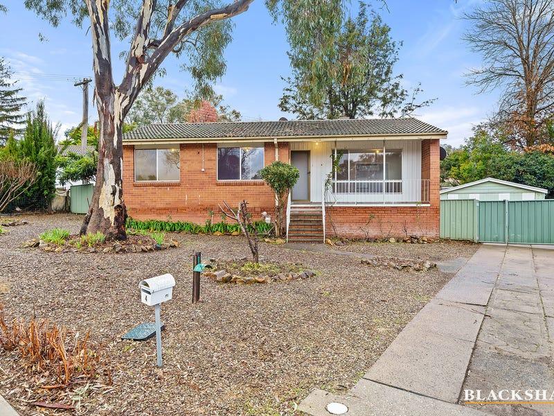 4 Bennelong Crescent, Macquarie, ACT 2614