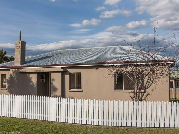 43 Acton Crescent, Goodwood, Tas 7010