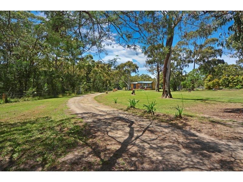 19 Gardner Road, Falls Creek, NSW 2540