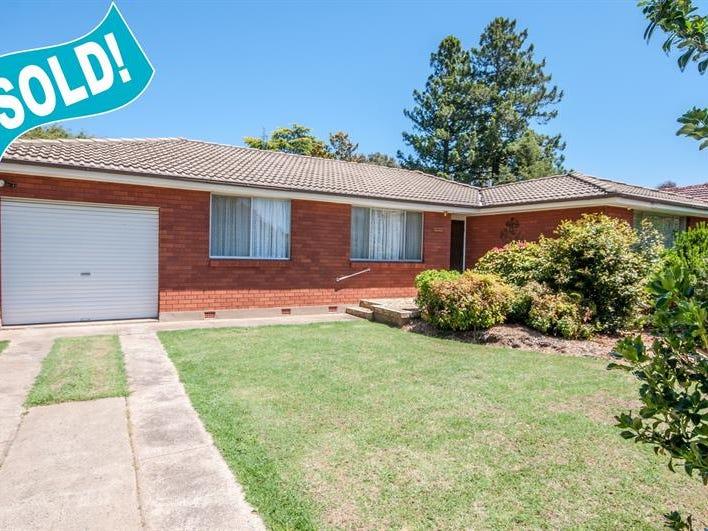 34  Lawson Cres, Orange, NSW 2800