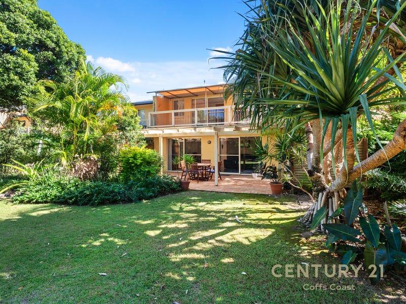1/9-11 Shell Cove Lane, Korora, NSW 2450