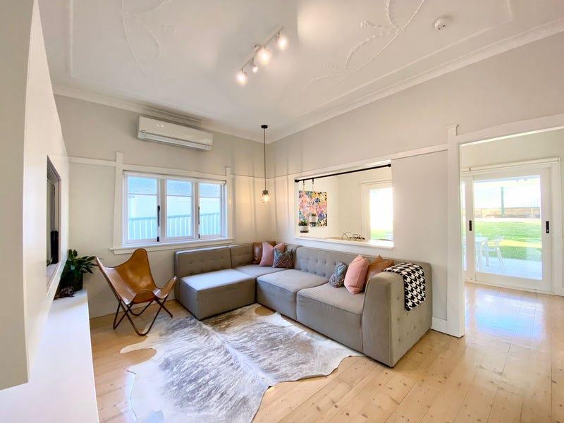 12 Penshurst Road, Roselands, NSW 2196