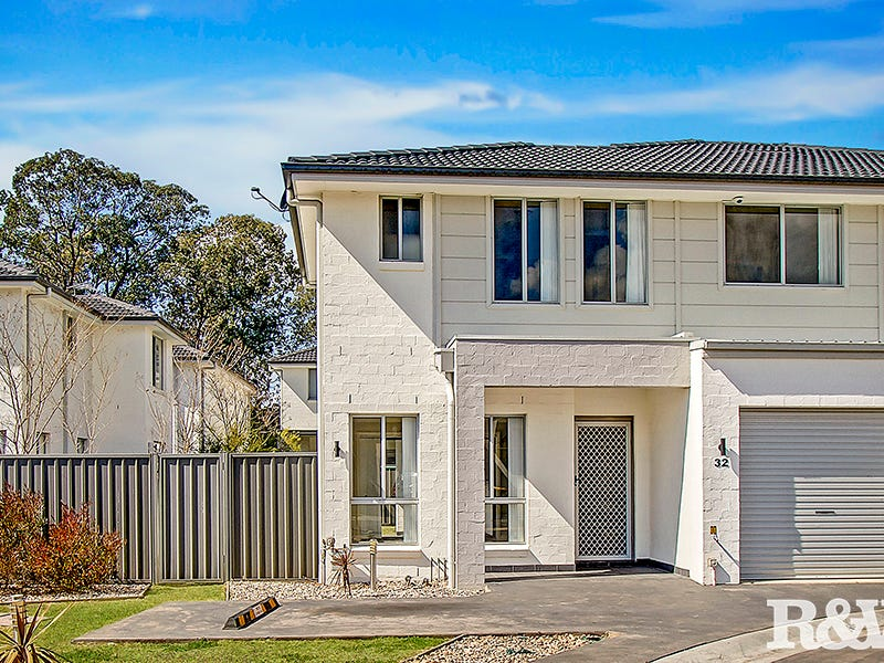 32/30 Australis Drive, Ropes Crossing, NSW 2760