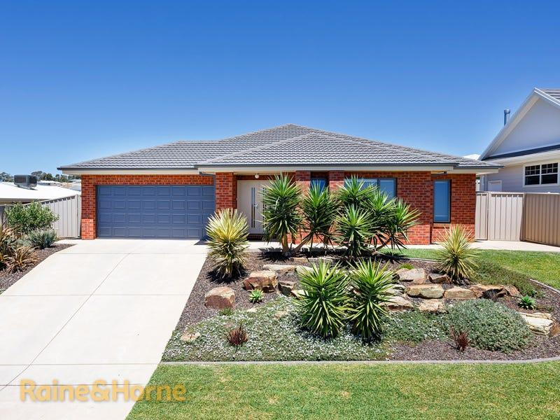 49 Kaloona Drive, Bourkelands, NSW 2650