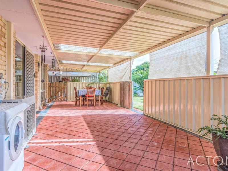 8 Canopy Court, Banksia Grove, WA 6031