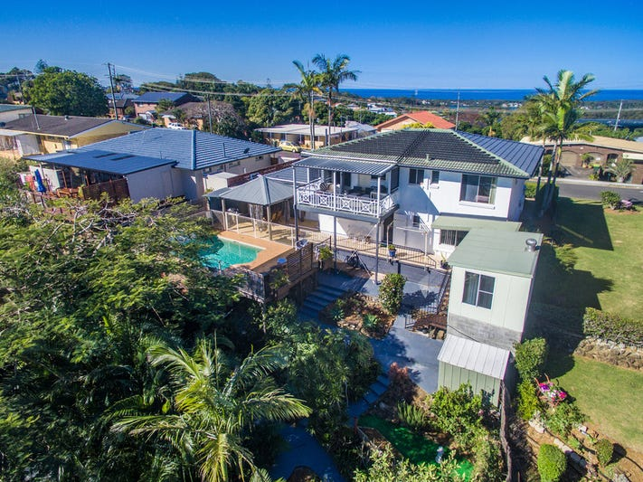 63 Pioneer Parade, Banora Point, NSW 2486