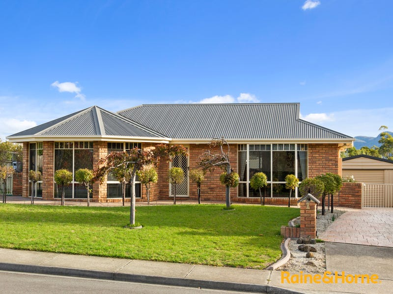 1 Sonnat Drive, Kingston, Tas 7050