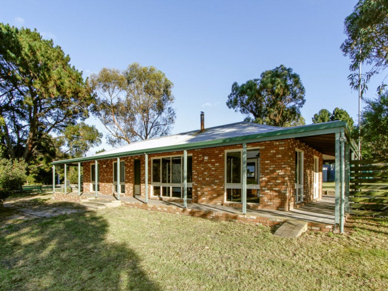 579 Seaspray Road, Longford, Vic 3851