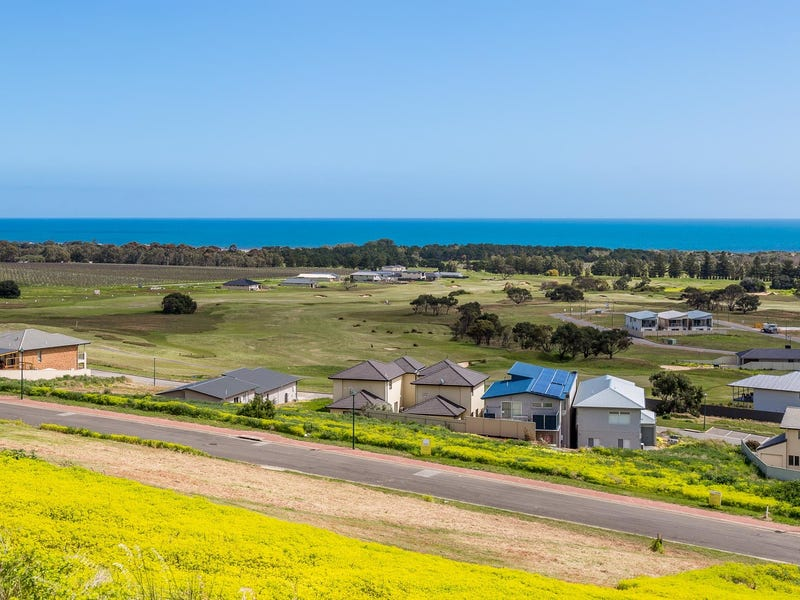28 Cherry Hills Crescent, Normanville