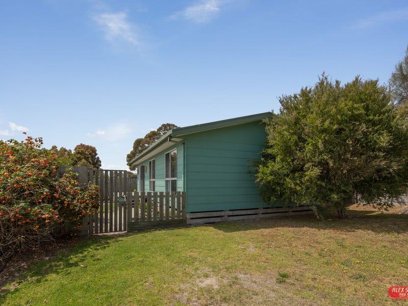 76 MARINE STREET, Cape Paterson, Vic 3995