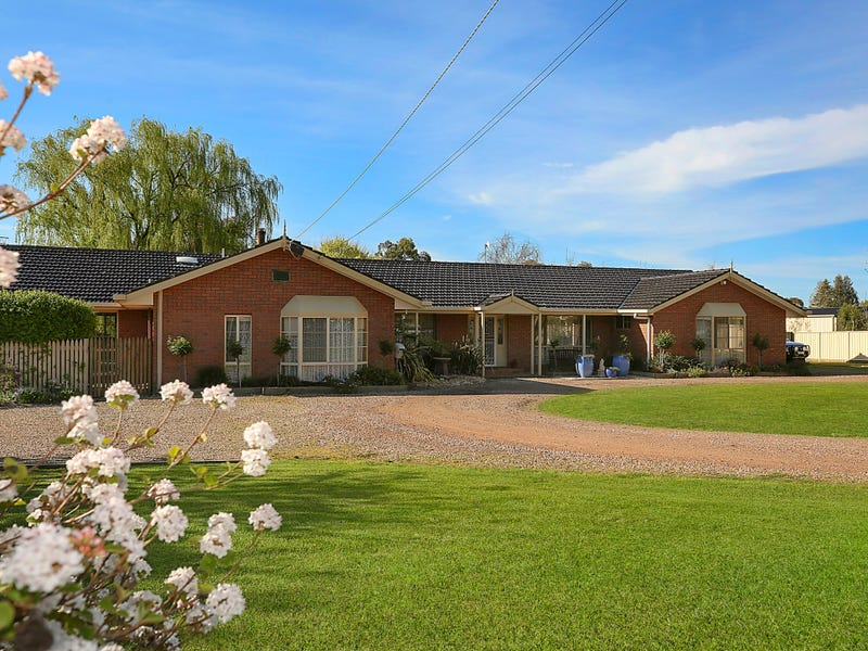 15 Irrewillipe Road, Elliminyt, Vic 3250
