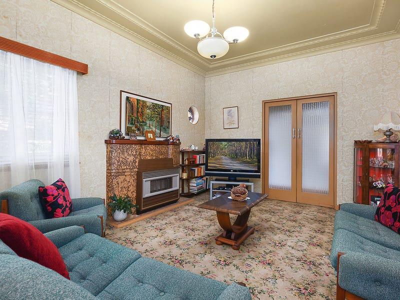 49 The Avenue, Mount Saint Thomas, NSW 2500