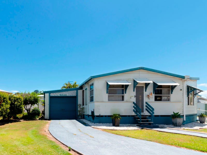 21  Palm Ave, Eli Waters, Qld 4655