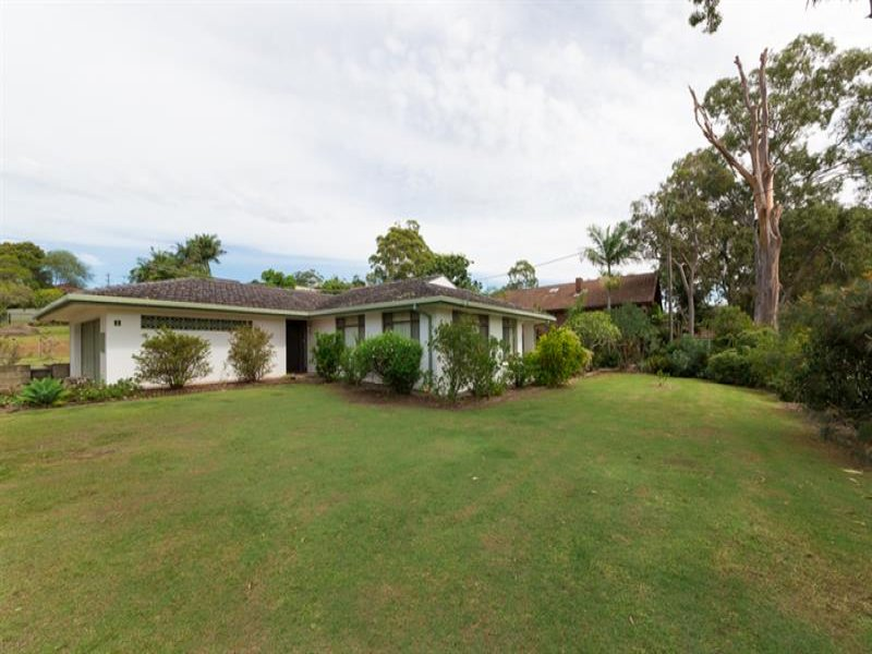 8-10 Lake View  Ave, Safety Beach, NSW 2456
