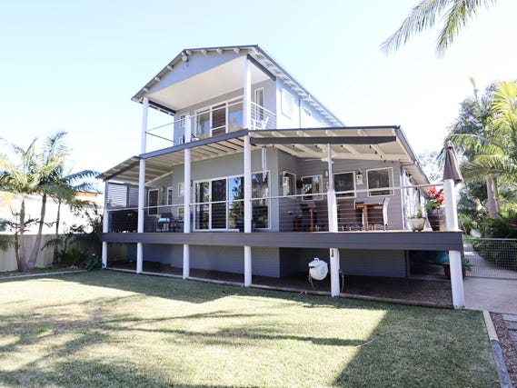 242 RIVER ROAD, Sussex Inlet, NSW 2540