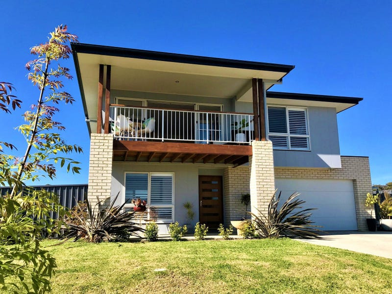 38 Parbery Avenue, Bermagui, NSW 2546
