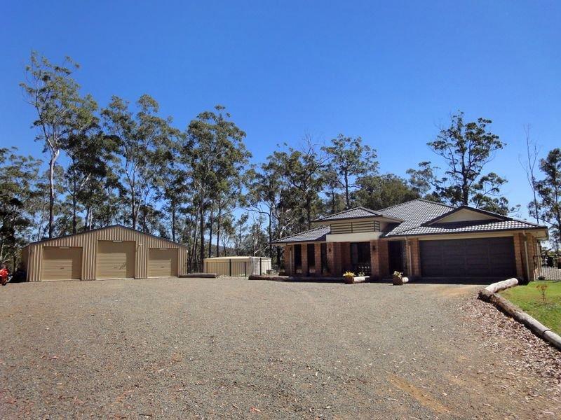 8 Glider Spur, Kew, NSW 2439