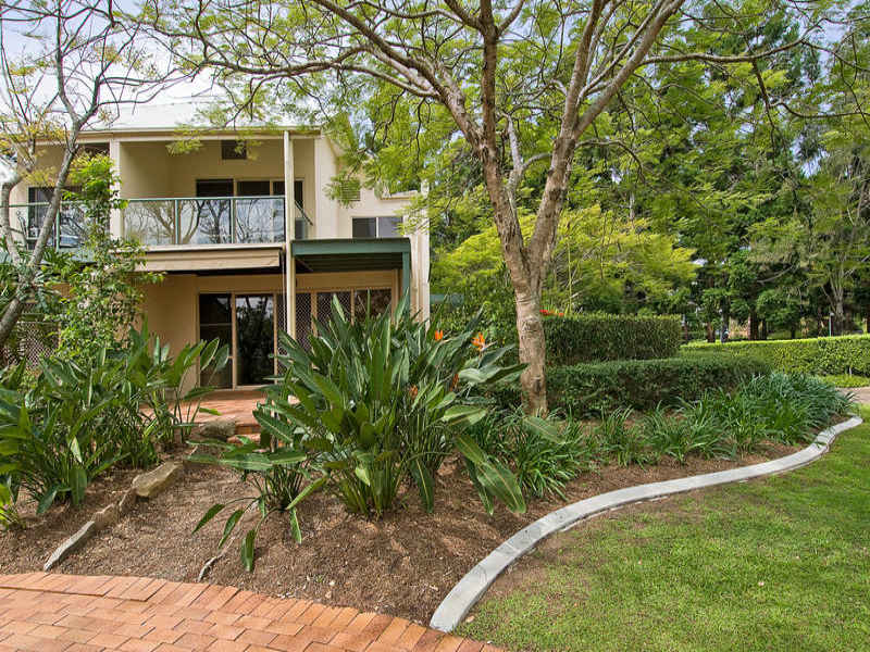 2135/1 Ross Street Royal Pines Resort, Benowa, Qld 4217
