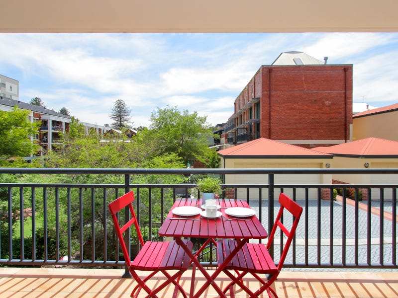 1/10 Pendal Lane, Perth, WA 6000