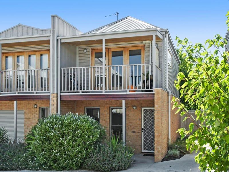 9 Wittig Way, Ballarat Central, Vic 3350