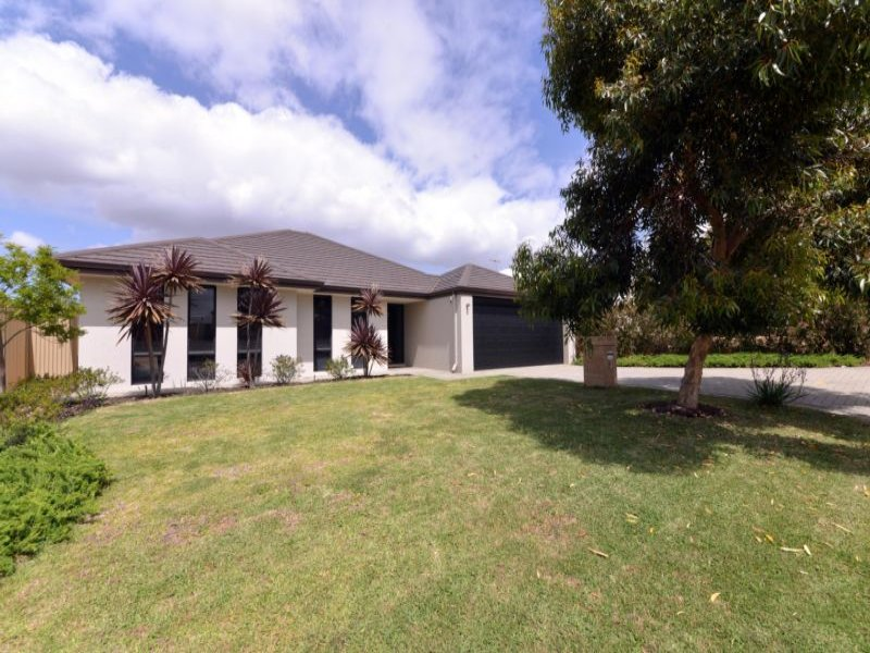 5 Alandale Bend*, Banksia Grove, WA 6031