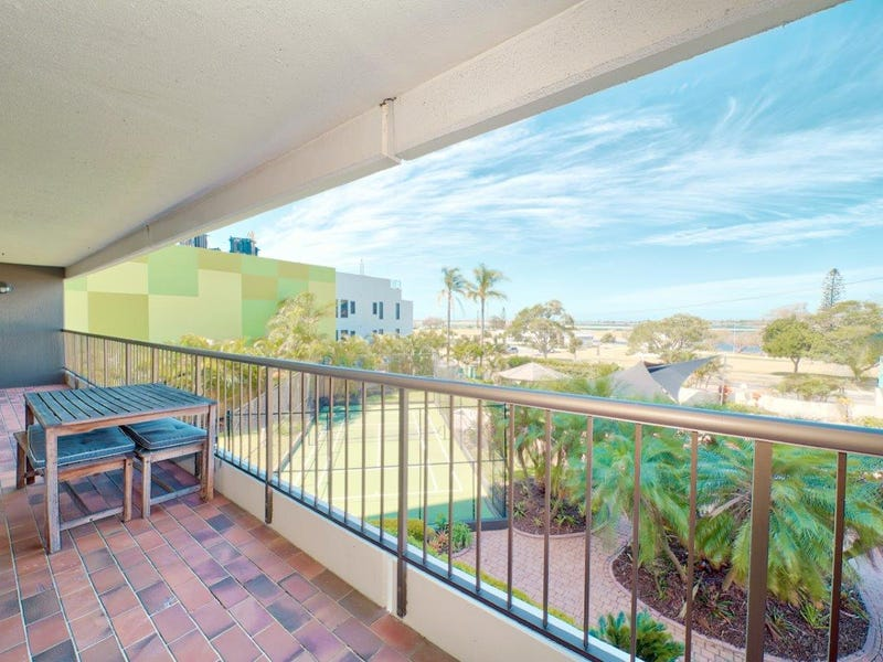 2B/114 Marine Parade, Southport, Qld 4215