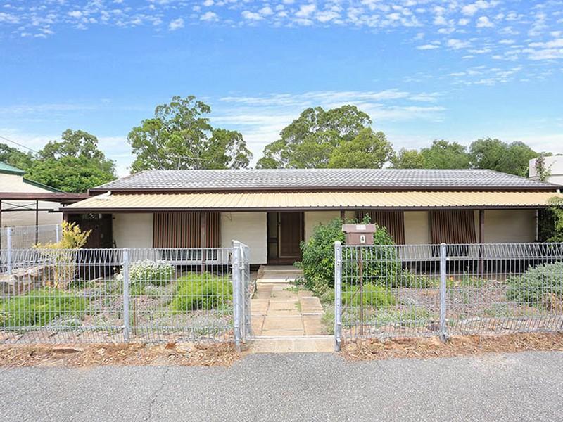 4 Matthew Place, Riverton, SA 5412
