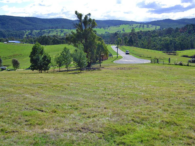 6 Tanderum Way, Christmas Hills, Vic 3775