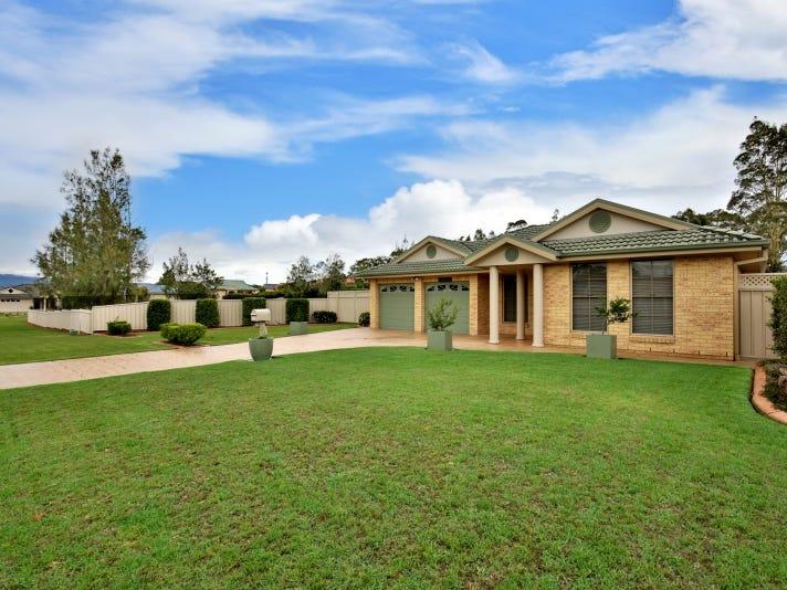 10 Burradoo Crescent, Nowra, NSW 2541