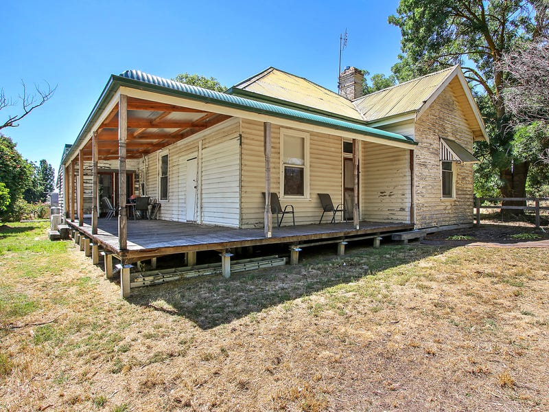 886 Mansfield-Whitfield Road, Barwite, Vic 3722