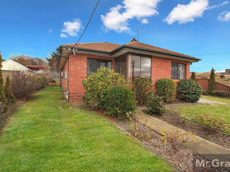 17 Bent Street, Cooma, NSW 2630