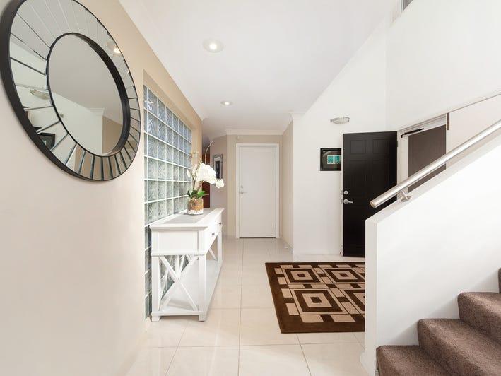 4 St Raphael Terrace, Sorrento, Qld 4217