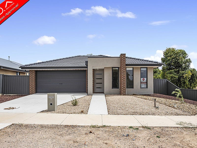 2 Whirrakee Parade, Huntly, Vic 3551