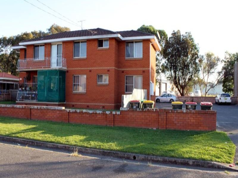 15-17 Lendine Street, Barrack Heights, NSW 2528