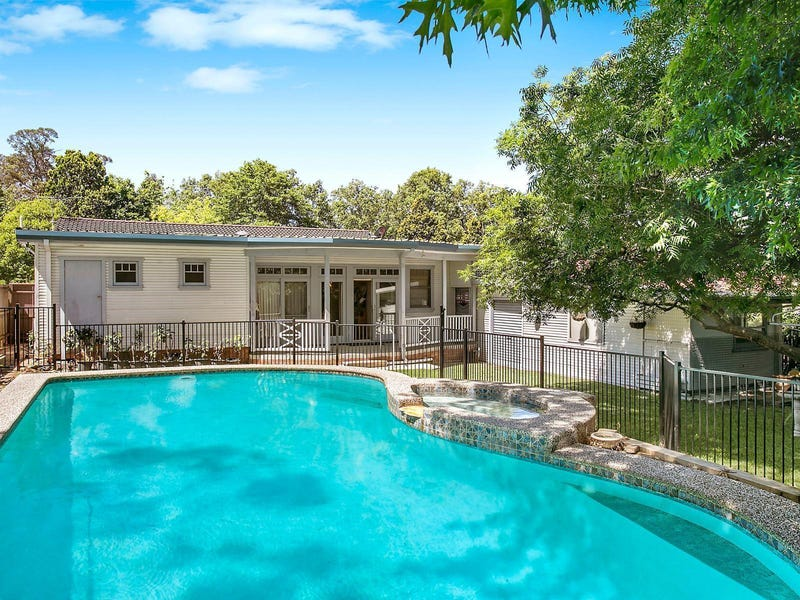 207 Galston Road, Hornsby Heights, NSW 2077