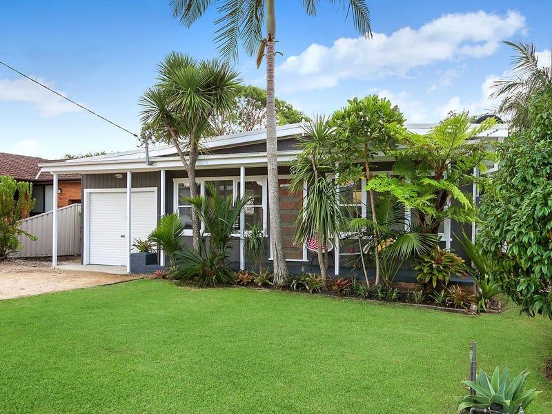 30 Fourth Avenue, Toukley, NSW 2263
