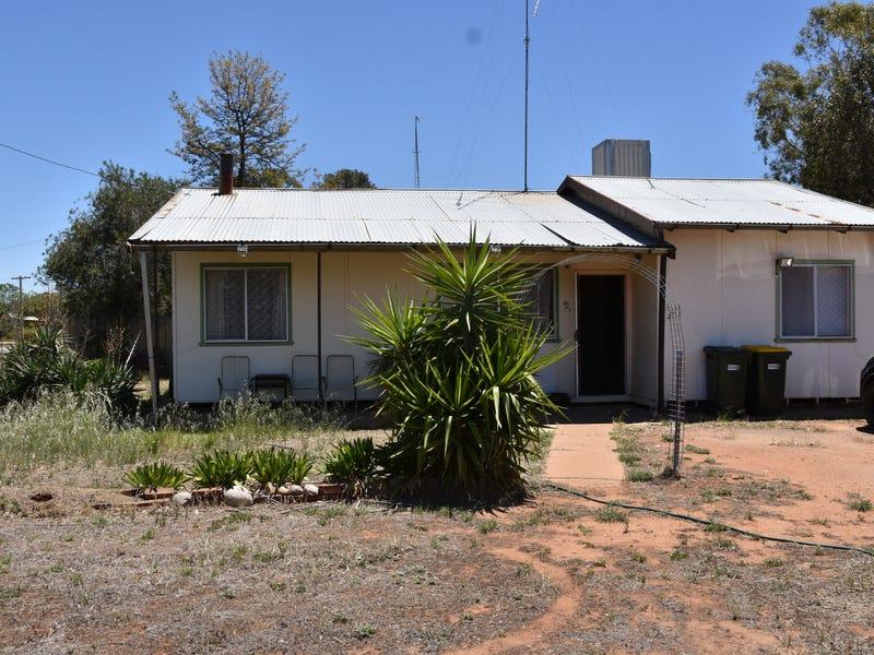 31 MULGA STREET, Barellan, NSW 2665