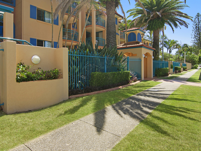 40/11-17 Philip Avenue, Broadbeach