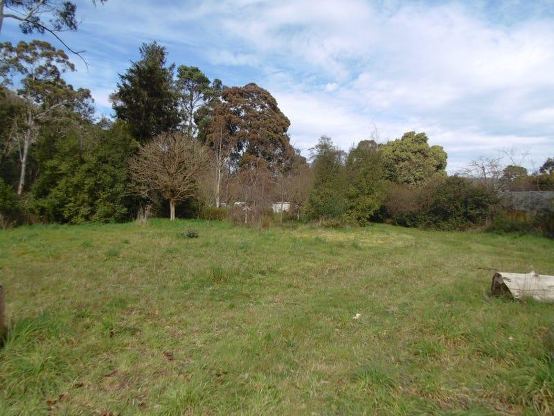 63 Riverside Crescent, Flowerdale, Vic 3658