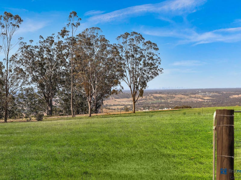 163 Donalds Range Road, Razorback, NSW 2571
