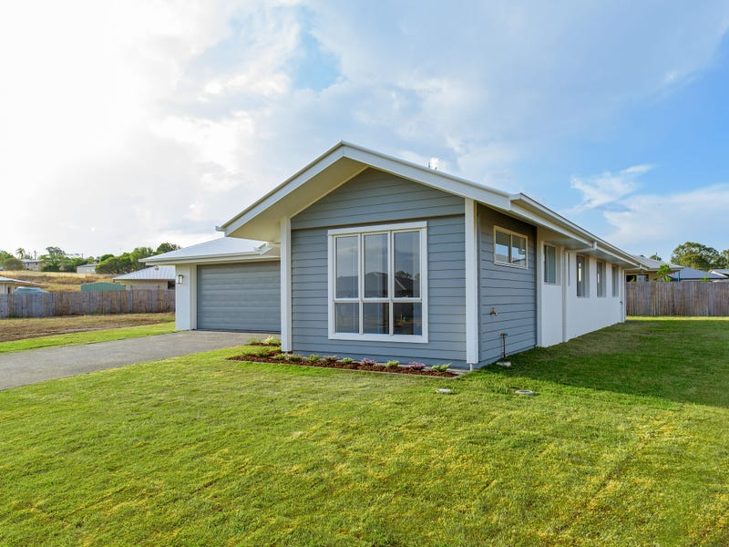 10 Hampton Court, Southside, Qld 4570