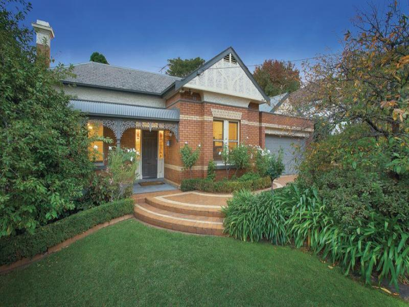 9 Balwyn Road, Canterbury, Vic 3126