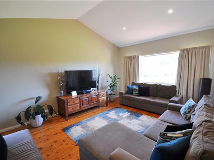 25 Torryburn Way, Dubbo, NSW 2830