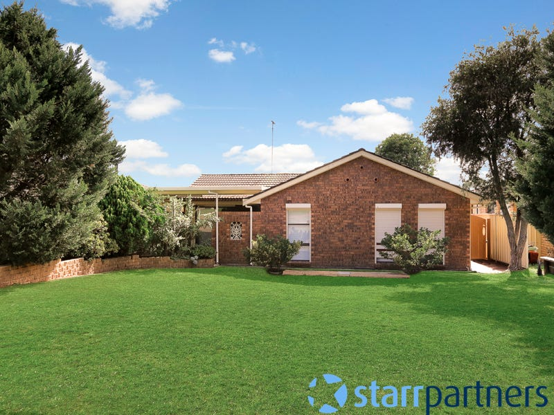 13 Griffiths  Place, Eagle Vale, NSW 2558